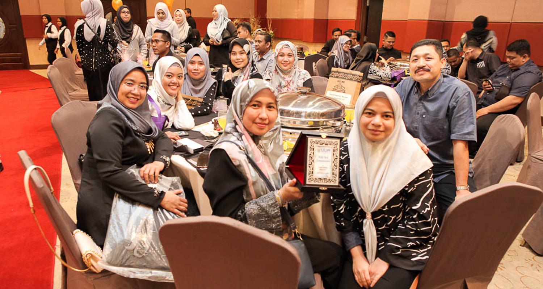 Pelajar mendapat Anugerah PACE
